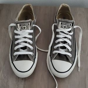 Converse sneakers Mens size 8